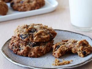 GH0501H_spiced-pumpkin-raisin-cookies-recipe_s4x3_lg