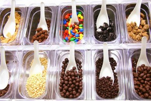 frozen yogurt toppings